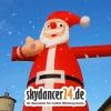 Der winkende Weihnachtsmann macht so richtig Stimmung!